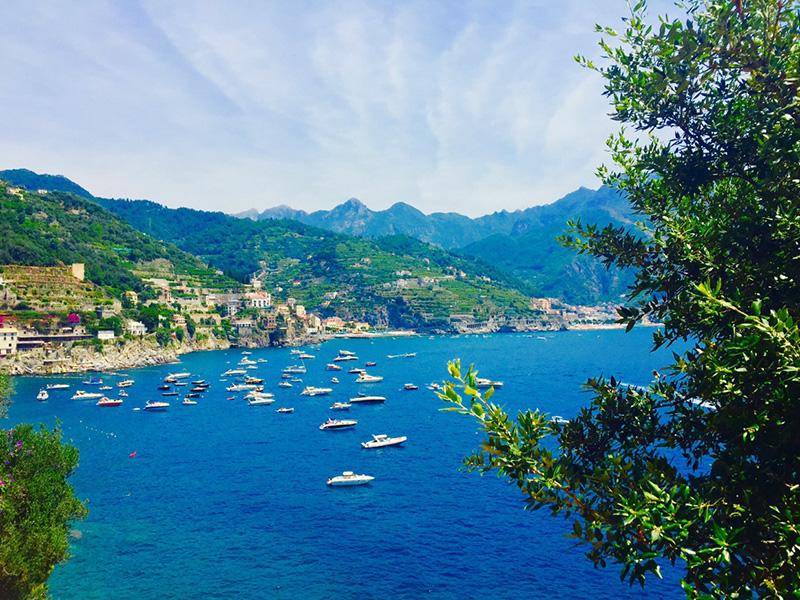 Wagner appartamenti di lusso vista mare villa di lusso for Soggiorno costiera amalfitana