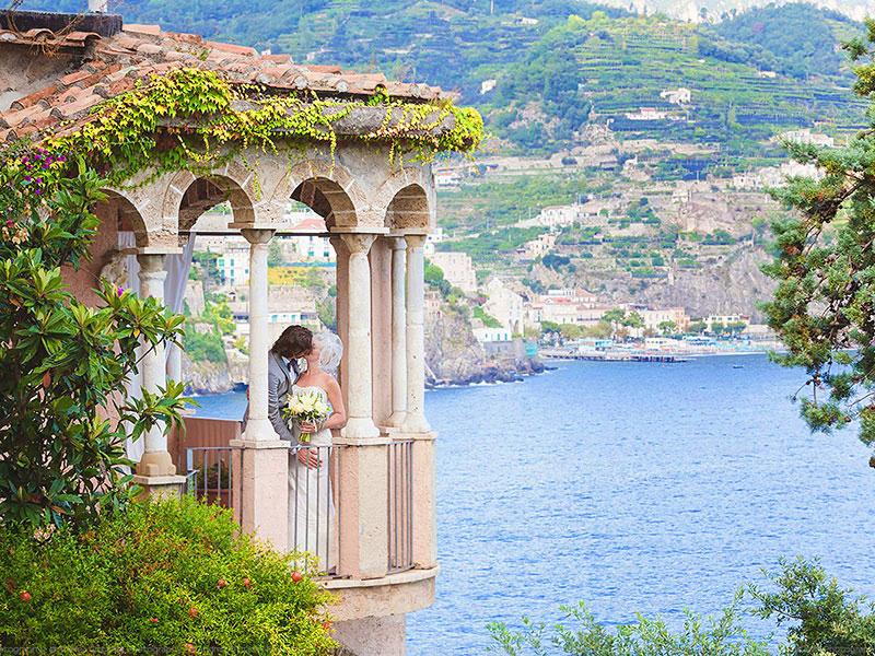 Matrimonio Spiaggia Costiera Amalfitana : Dove sposarsi matrimonio e nozze villa di lusso